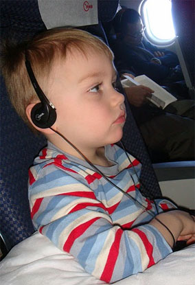 Top Tips For Flying With Babies and Toddlers