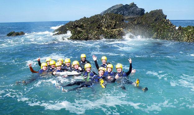 coasteering-newquay-cornwall