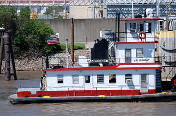 mississippi-river-riverboat-st-louis