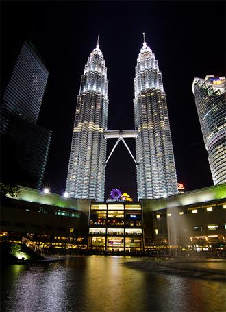 Attractions in Malaysia - Petronas Twin Towers Kuala Lumpur