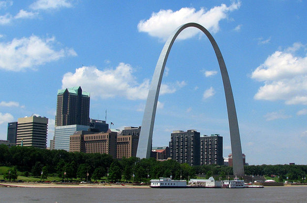 Best Places for Couples to See and Relax in St. Louis