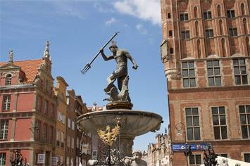 neptune-fountain-poland