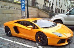 Car Rental Comparison - Lamborghini