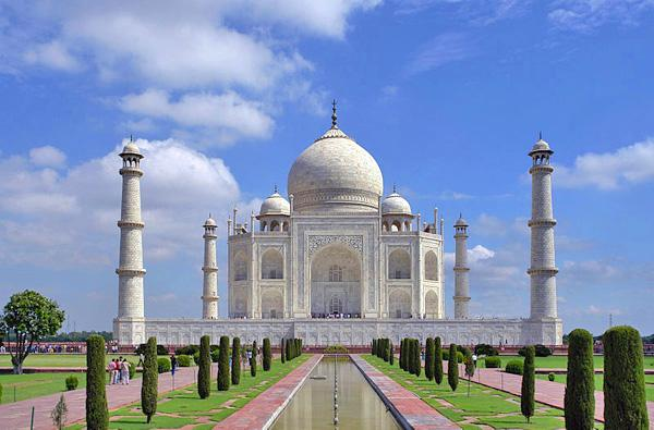 most beautiful place on earth - The Taj Mahal, India