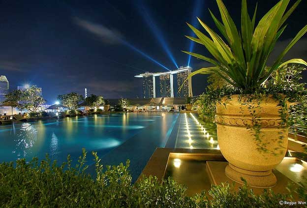 Swimming Pools:  Fullerton Hotel, Singapore