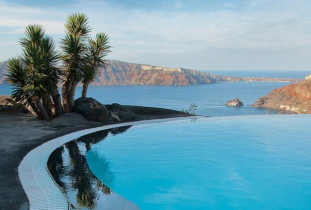 Swimming Pools: Perivolas, Santorini, Greece
