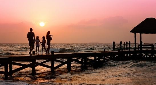 holiday checklist for a family holiday 2015