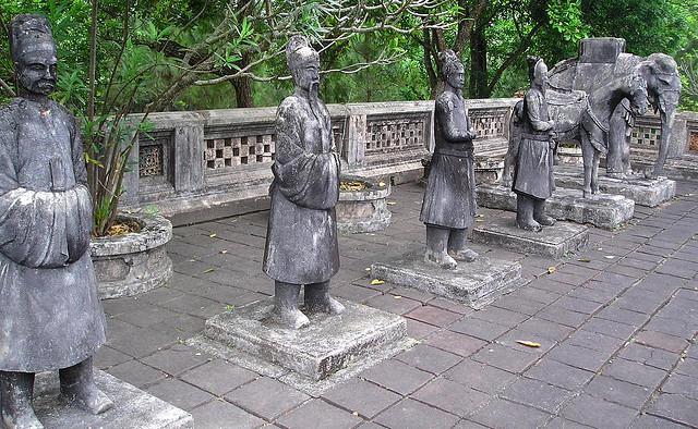 CENTRAL VIETNAM - Hue
