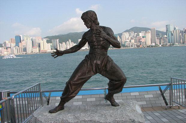 Bruce Lee's bronze statue in Hong Kong city