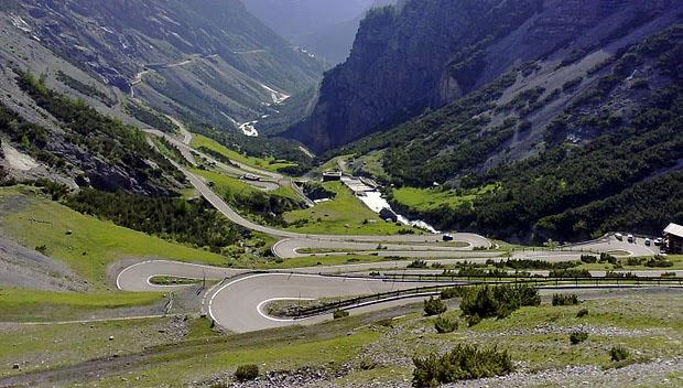 Best Destinations in Europe for Singles - Stelvio Pass, Italy