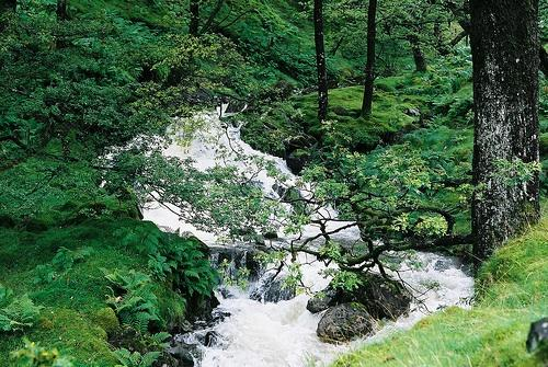 The Lake District a favourite English countryside honeymoon location