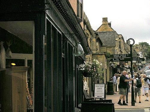 Burford is English countryside honeymoon location