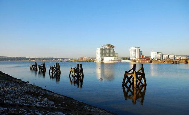 Choosing The Perfect Holiday in Cardiff Bay