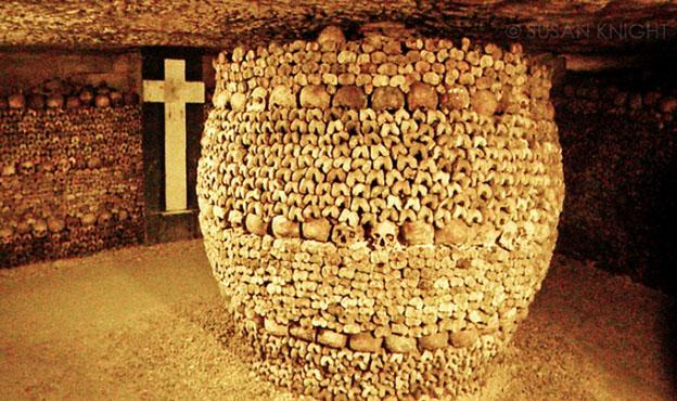 Most Haunted Cemeteries In The World - Catacombs