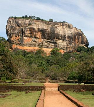 Fall in love in Sri Lanka - Sigiriya Rock