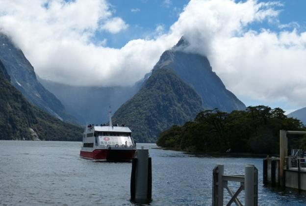 Fiordland: The Beauty of the South New Zealand