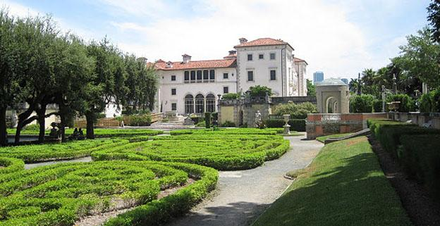 Things To Do On Vacation In Florida - Vizcaya Museum and Gardens