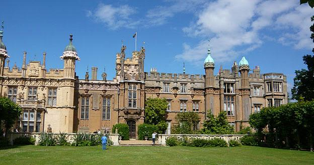 Undiscovered Britain – Knebworth house