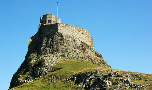 Best UK Getaways - Lindisfarne castle