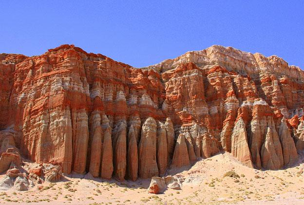 Natural Wonders Just Outside Vegas - Red Rocks Canyon