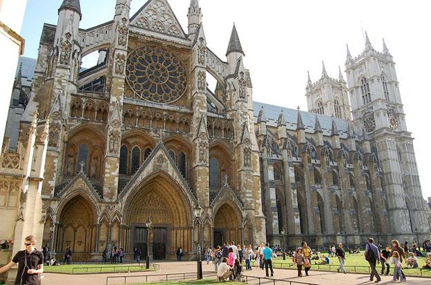 Top 5 London Attractions - Westminster Abbey in London