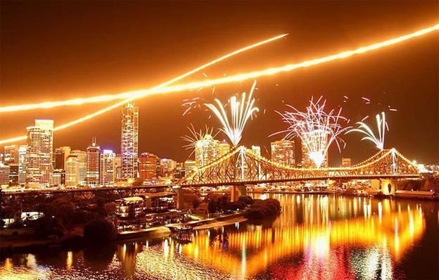 River-festival-brisbane-fireworks