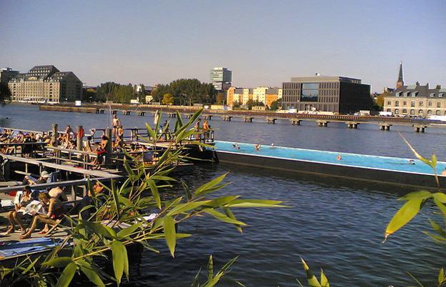 Badeschiff 24 Hours in Berlin
