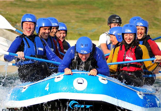 Holiday in the UK (adventure) white-water-rafting-in-uk