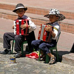 Find Creative Music- Kids playing music Mexico city