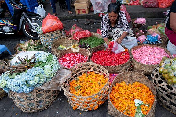 A flower seller in Ubud - Things to See in Bali