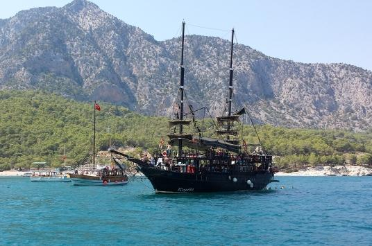 lads boat trip in antalya