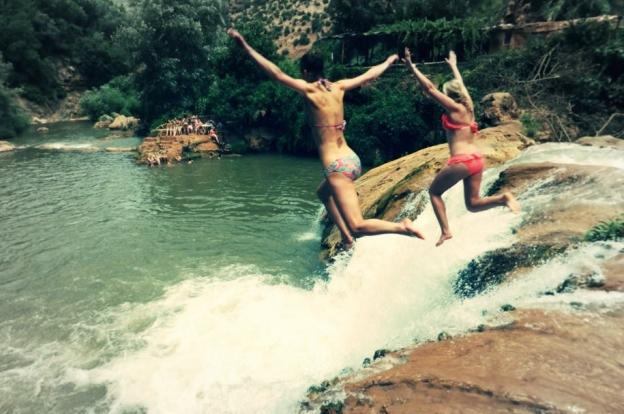 Maroc N Roll 2016 jumping in the waterfalls