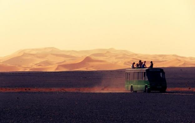 Maroc N Roll 2016 crossing the desert by bus