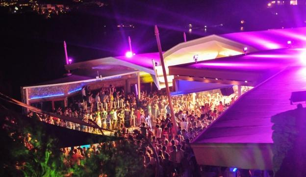 Mykonos Cavo Paradiso Club - Mykonos party