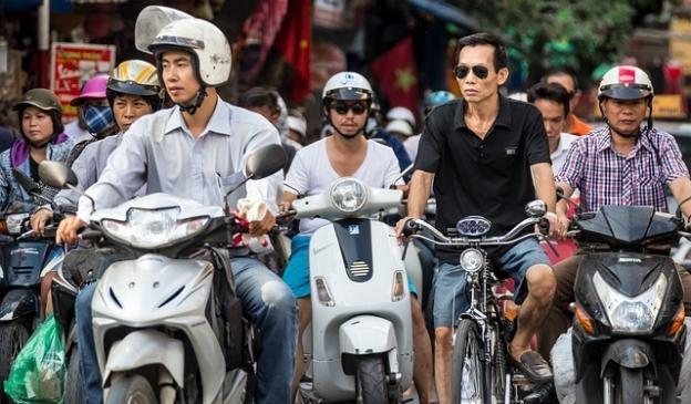 scooters-in-vietnam