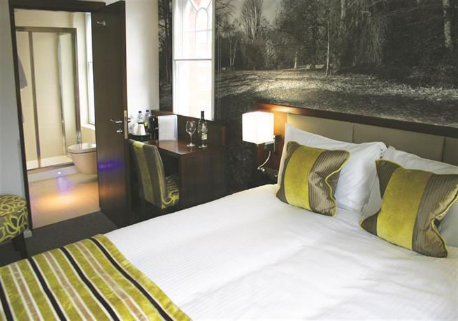 Seraphine Kensington Olympia Hotel Standard Double Room
