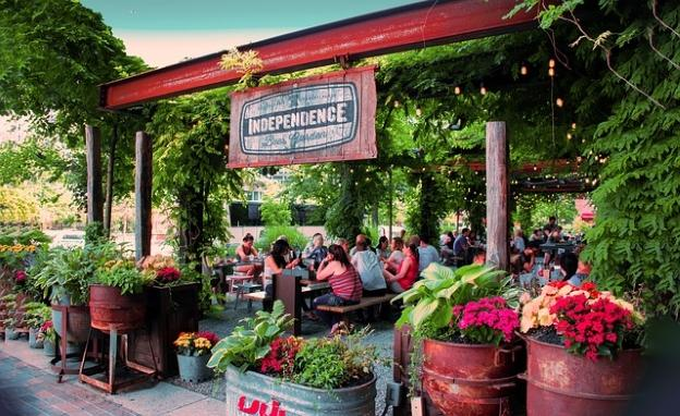 Beer Garden in Philadelphia by Tourico Vacation